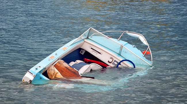 boat-hunting-accidents-precautions