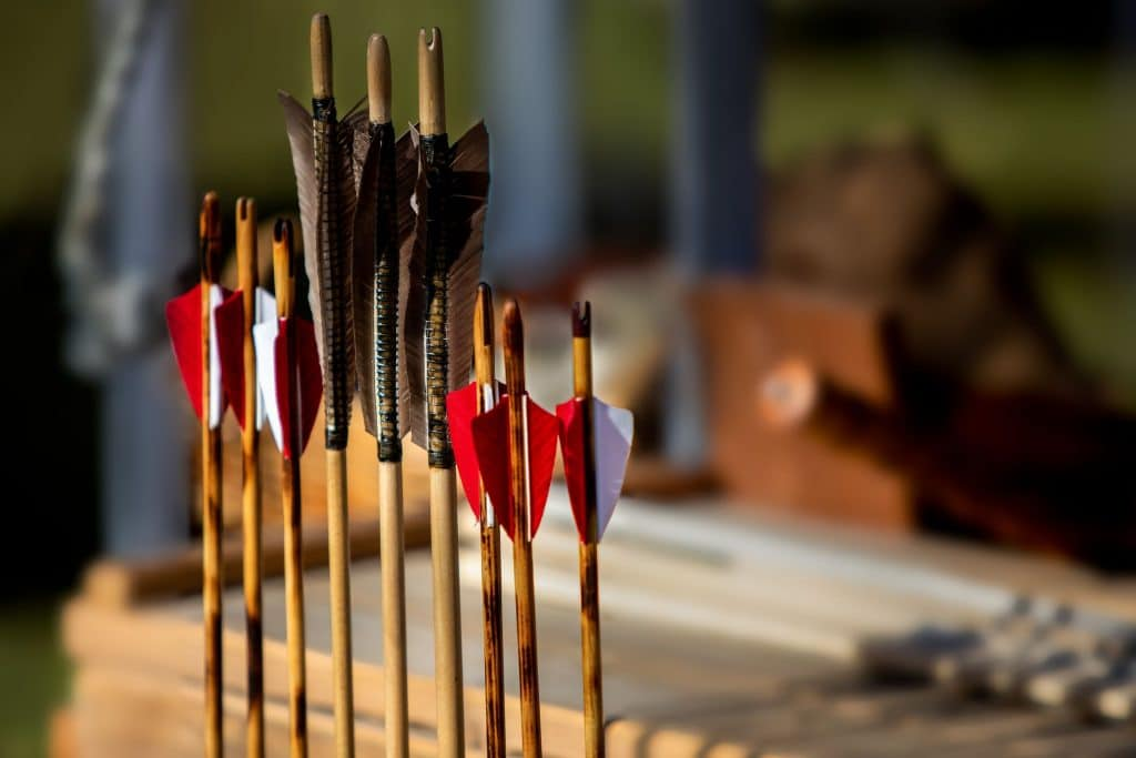 How-to-make-an-arrow-for-hunting